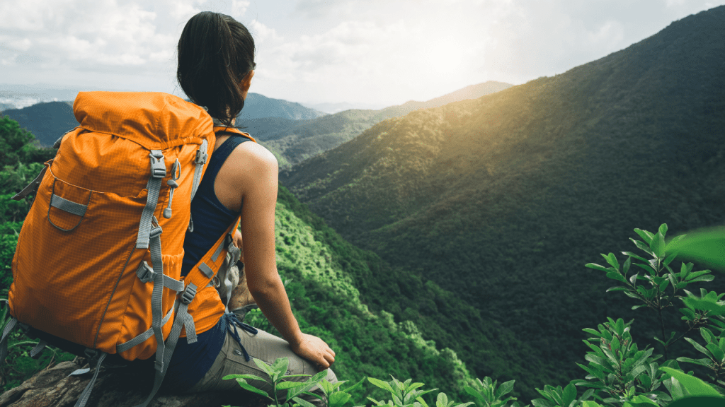 How to Store Food When Hiking